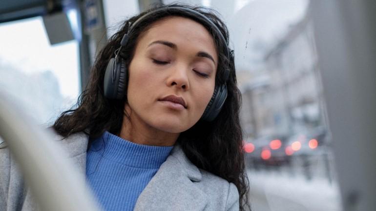 4 kanały na YouTube z relaksacyjną muzyką, które pozwolą Ci skutecznie się wyciszyć
