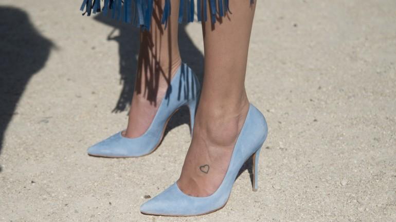 Minimalistyczne tatuaże. Sprawdź najciekawsze inspiracje na ozdobienie swojego ciała