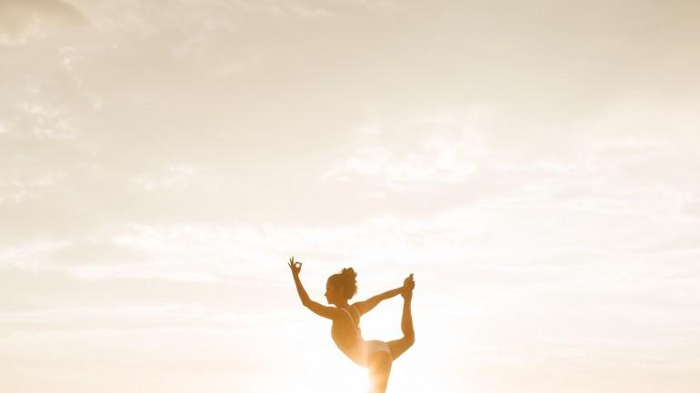 Konta na YouTube, z którymi możesz praktykować jogę każdego dnia