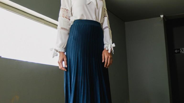 6 modnych spódnic na jesień w minimalistycznym stylu